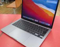 「M1」チップを採用 「MacBook Pro」|APPLE