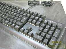 ゲーミングキーボード APEX M750|STEELSERIES