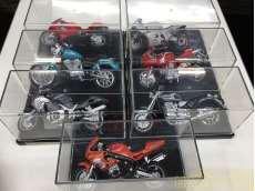 ミニカー バイクセット|MAISTO