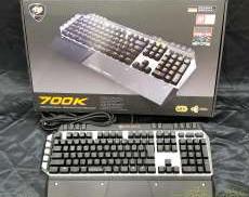 ゲーミングキーボード COUGAR