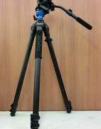 ビデオカメラ用三脚|BENRO