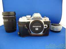 デジタルミラーレス一眼カメラ OLYMPUS