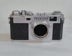 カメラ NIKON