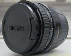 標準ズームレンズ|SIGMA