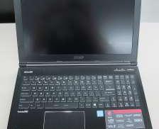 ゲーミングノートパソコン MSI
