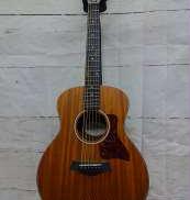 アコースティックギター TAYLOR