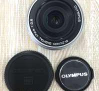 マイクロフォーサーズ用広角単焦点レンズ|OLYMPUS