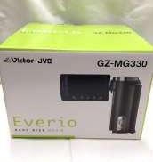 光学32倍ズームレンズ搭載の薄型HDDビデオカメラ(30GB|VICTOR