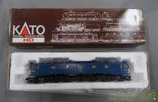 EF58 後期形 大窓 ブルー|KATO