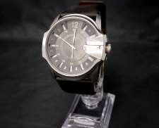 クォーツ・アナログ腕時計|DIEZEL