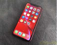 【SIMロック解除済】iPhoneXR/PRODUCTRED|APPLE