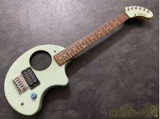 【世界中のギタリストに愛される「ぞうさん」】アンプ内蔵ギター FERNANDES