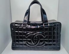 エナメルチョコバーハンドバッグ|CHANEL
