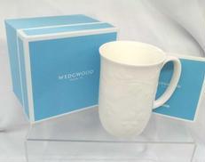 ワイルドストロベリーホワイト マグカップ|ウエッジウッド