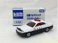 トミカ 日産 セドリック パトロールカー|TOMY