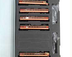 JR 485系特急電車(雷鳥・クロ481 2000) TOMIX