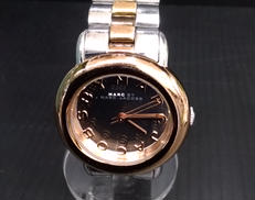 腕時計 MARC BY MARCJACOBS