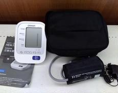 上腕式血圧計|OMRON