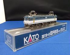 EF65 1000 前期形JR貨物2次更新車|KATO