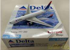 1/500 デルタ航空 Boeing777-200 N863DA HERPA WINGS
