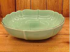 菊中割6号鉢|深川製磁