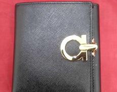 二つ折り財布 SALVATORE FERRAGAMO