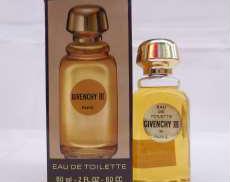 ジバンシィ トロワ 香水|GIVENCHY