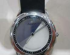 クォーツ・アナログ腕時計|NOON
