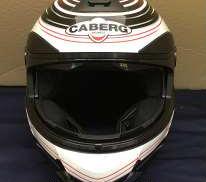 バイクヘルメット CABERG