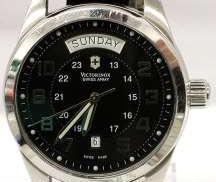 腕時計 VICTORINOX