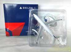 DELTA Airbus A350-900 飛行機 DELTA