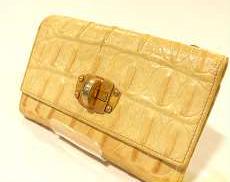 MIUMIU 三つ折り財布|MIUMIU