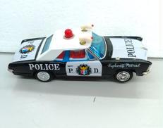 ハイウェイパトロールカー|バンダイ
