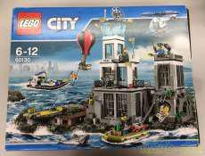 島の脱走劇|LEGO