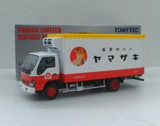 いすゞ エルフ パネルパン|TOMYTEC